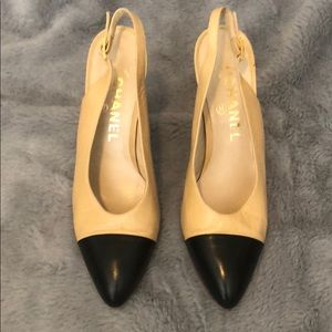 Chanel Beige/Black Slingbacks Sz6